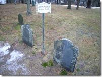 John_Alden_and_Priscilla_Alden_grave_in_Miles_Standish_Burial_Ground_in_Duxbury_MA